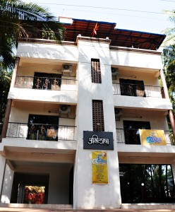 Abhilasha Home Stay - exterior view - front view