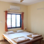 Sun Shine Home Stay - room interior