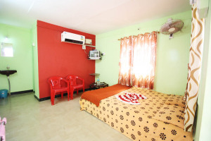 kesari_beach_resort - AC rooms to stay in Tondavali